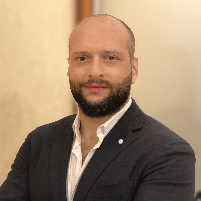 Хазем Сакер
